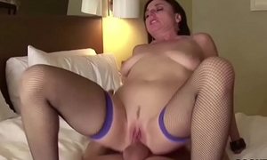 Hot Mature Amateur Fuck fro Inn at one's disposal Holiday and Facial