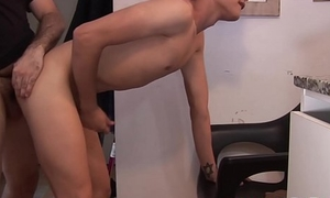 Twink sucks off hairy broad in the beam pa and takes quickening from chasing