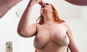 Hot chick demonstrates her mind-blowing cock sucking skills